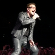 360: Bono gives it everything (Melbourne, 2010)