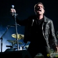 360: Bono putting his back into it (Sydney, 2010)