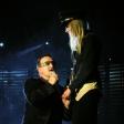 Vertigo: Bono serenades a fan(Auckland, 2006)