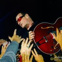 Bono, U2 (Film - Waverley Park 1998)